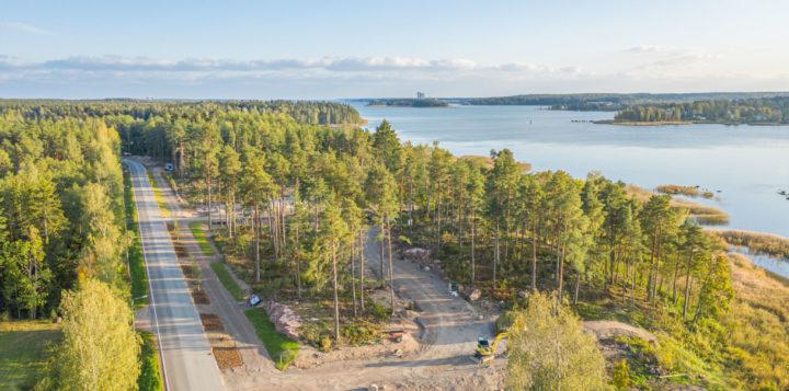Loviisan Asuntomessualue Kuningattarenrannan rakentaminen. Byggande av Lovisa Bostadsmässoområde Drottningstranden.